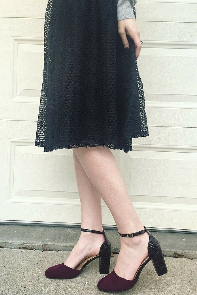 Valentineu0026#39;s Day Date Outfit Inspo | Rose Lining